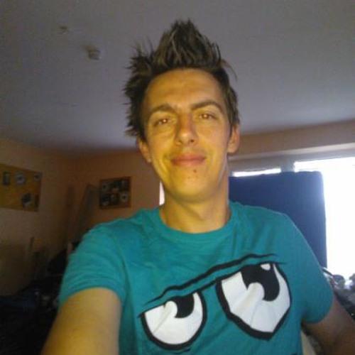 LunarteC's avatar