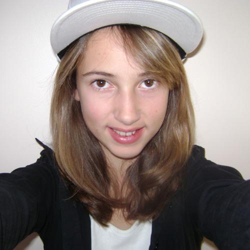 CHLOE'M's avatar