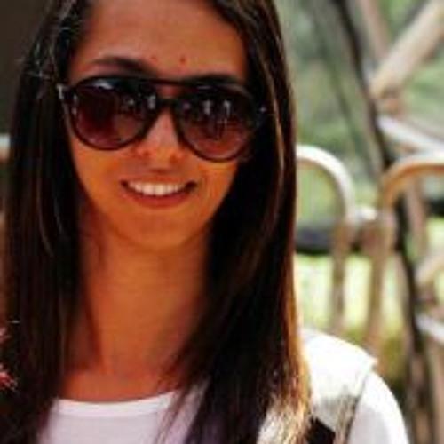 Luana Gomes Prado's avatar