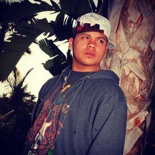 Carlitos Ortiz's avatar