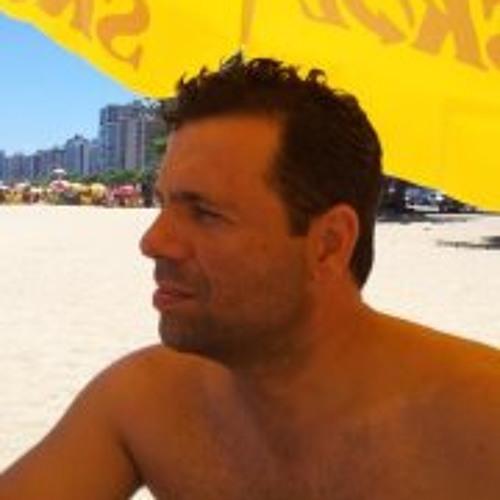 Carlos Moreira Vicente's avatar