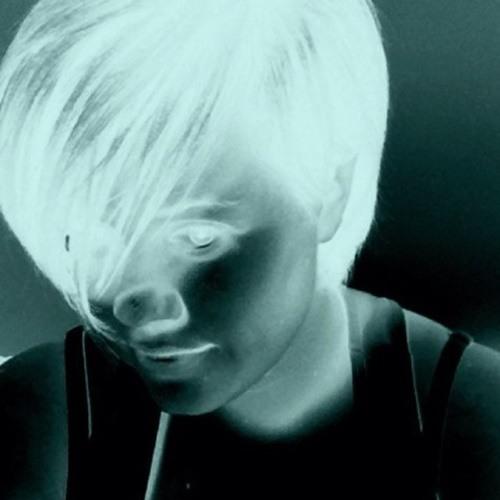 LinzT86's avatar