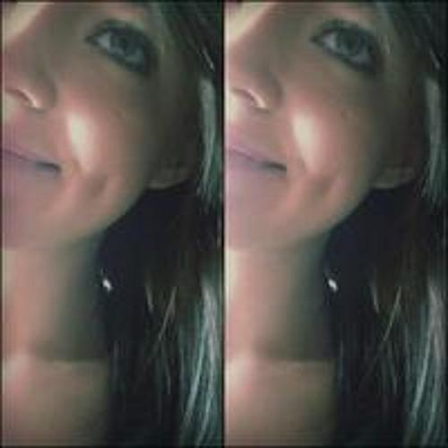 Lina Oke's avatar