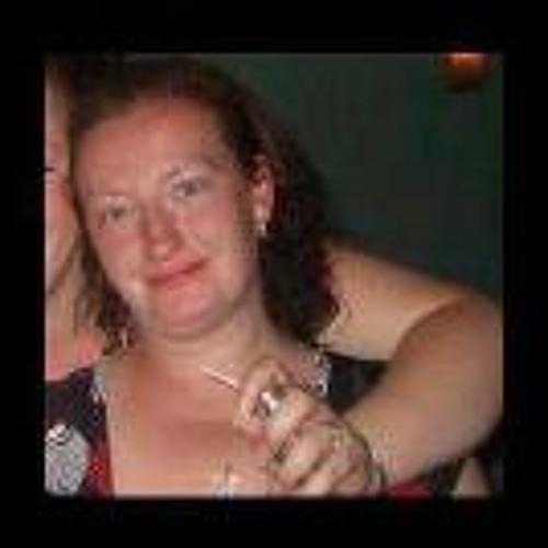 Karen Kim Mighall's avatar