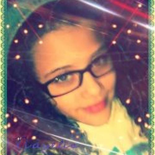 Nayelis Santiago's avatar