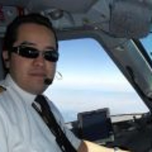 Luis Velazquez C's avatar