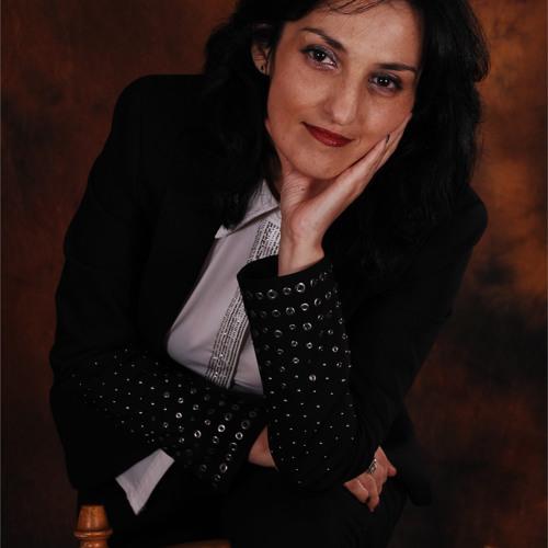 Ioana Mariana's avatar