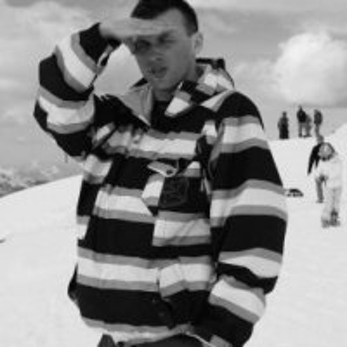 Piotrek Kr's avatar