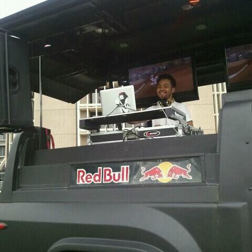 CINEMA BLOWS YOUR MIND (DJ BASSiCK REMIX!)