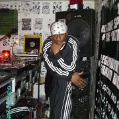 Storage Room-Radio II's avatar