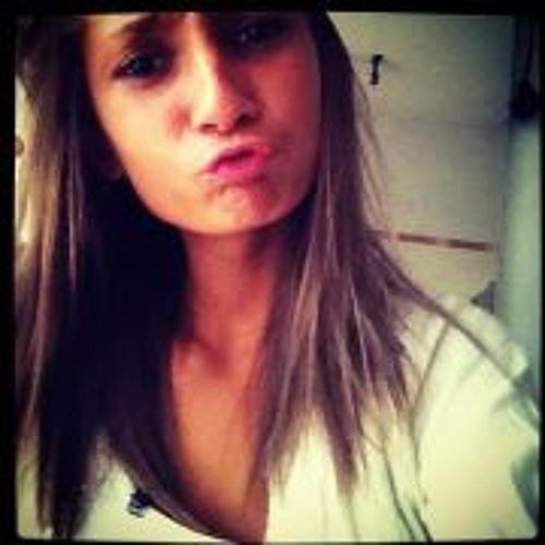 Priscillia Deschamps's avatar