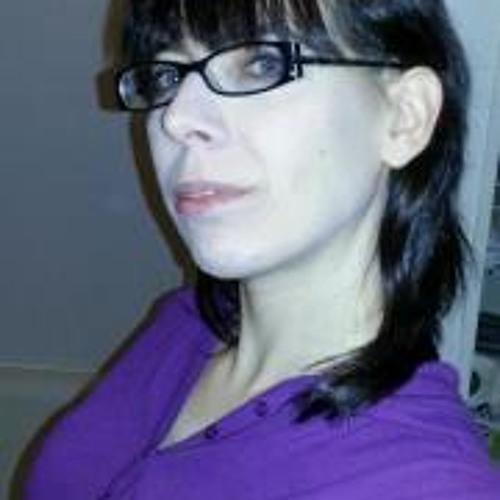 Jen Desrocher's avatar