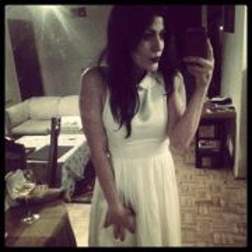 Nadia Guizar's avatar