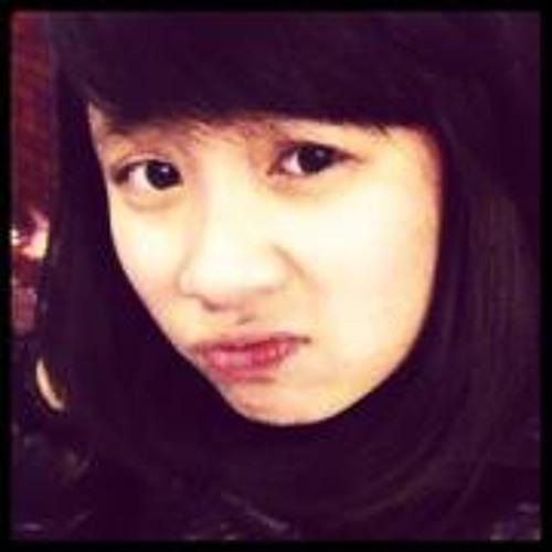 Trang Trangg's avatar