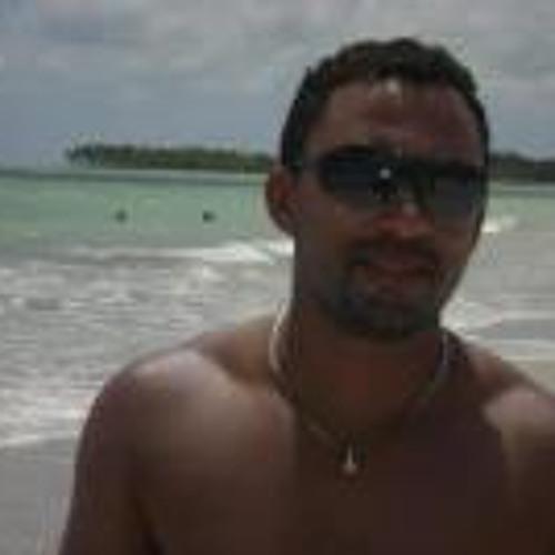 Marcone Junior 2's avatar