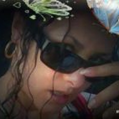 Maria-Cristina's avatar