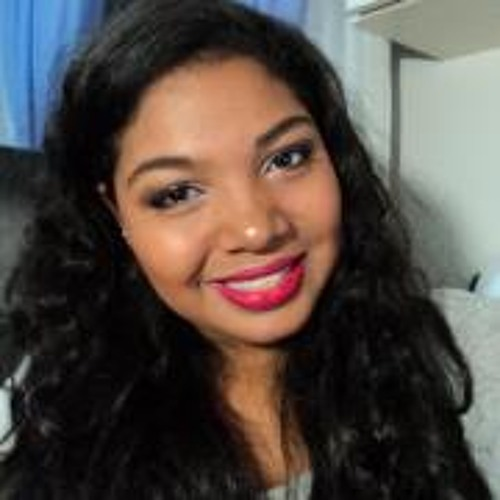 Vitória Batista's avatar