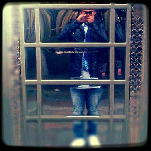 bablu121's avatar
