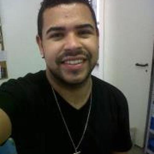 Bruno Carneiro Teixeira's avatar