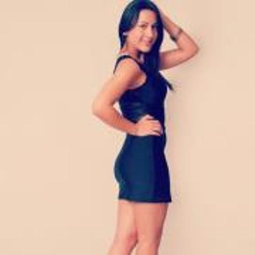 Gaby Benavente's avatar