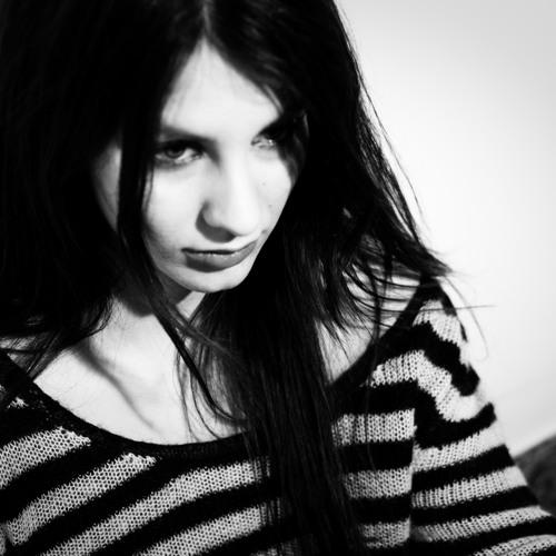 Elli de Mon onegirlband's avatar