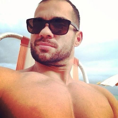 Rodrigo V Almeida's avatar