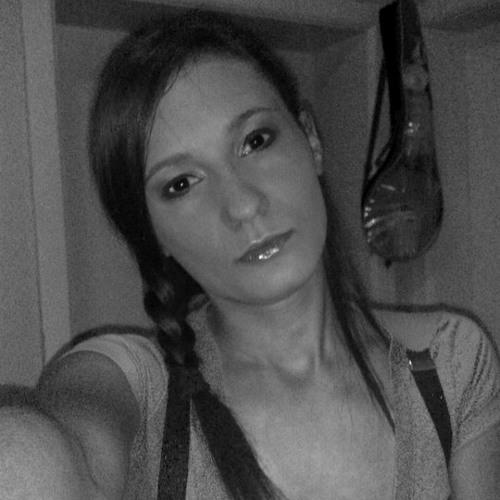 Ivy C's avatar