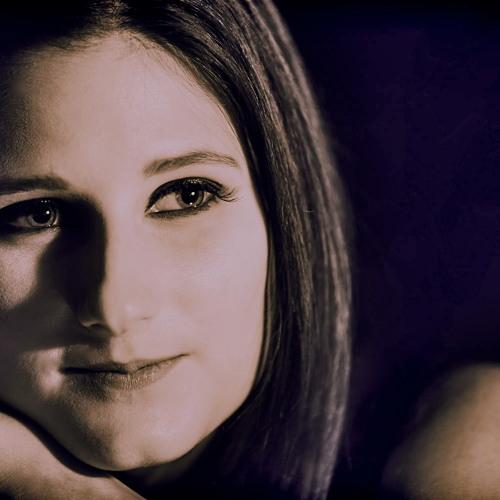 Angie Falcon's avatar