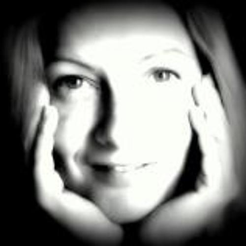 Lujza Rita Toth's avatar