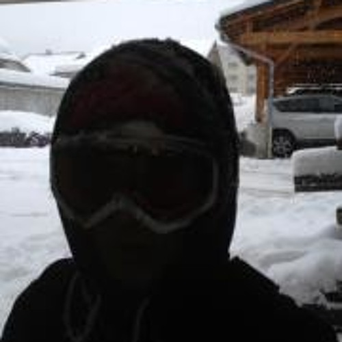 Julian Piphapo's avatar