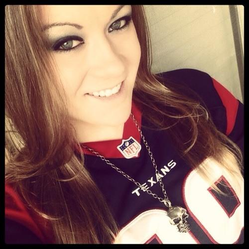 Rachell Eve's avatar
