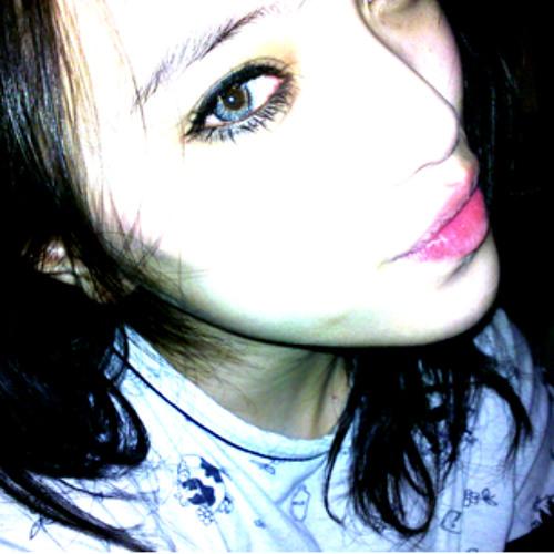 Sofia NG <3's avatar