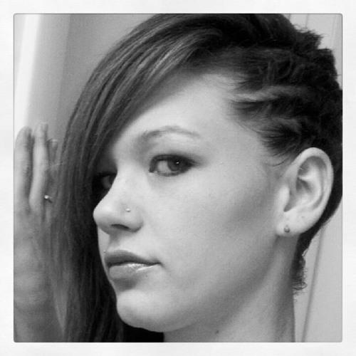 Ashley Lynn Larson's avatar
