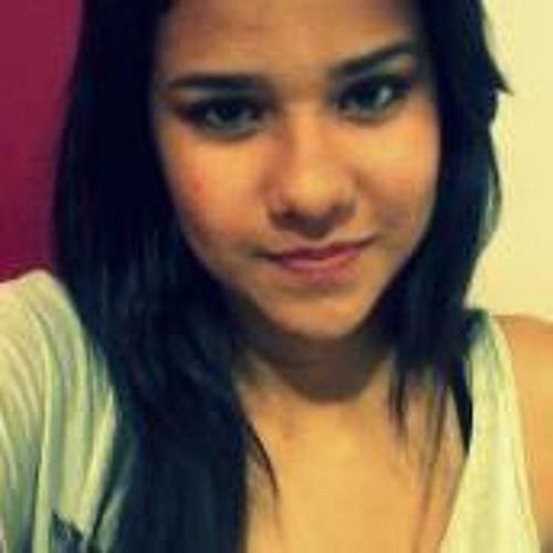 Letícia Nunes 11's avatar