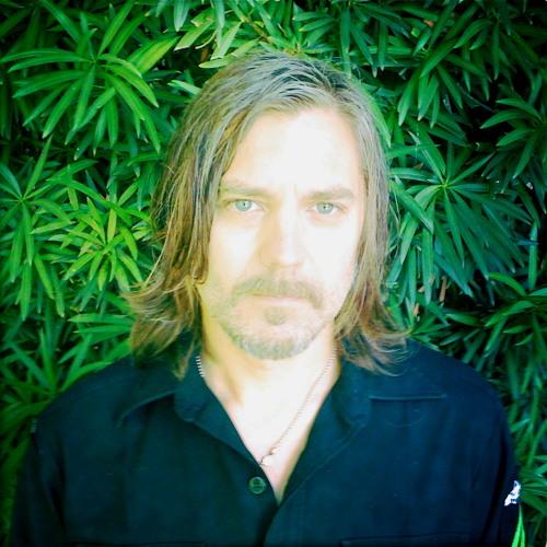Paul DAmour's avatar