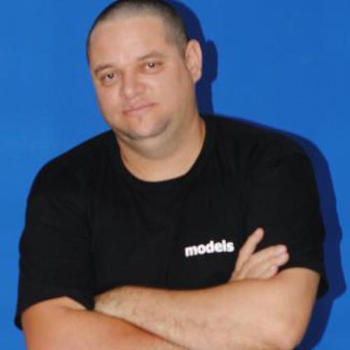 Paulo Louvary's avatar