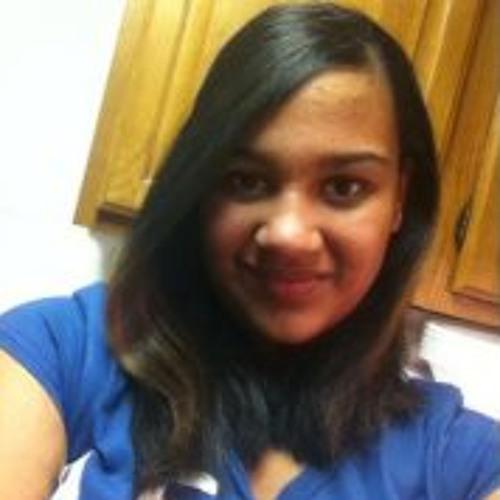 Natalie Laza's avatar