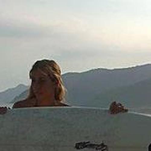Patricia Alli's avatar