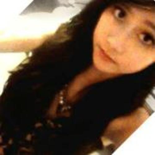 Tracy Chow's avatar