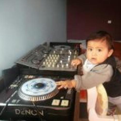 Denin Tk's avatar