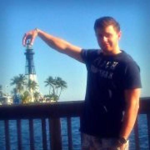 Michael Zucker 3's avatar