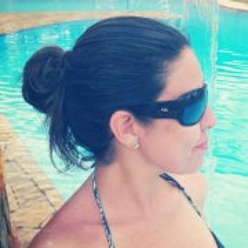Angie Cristiny's avatar