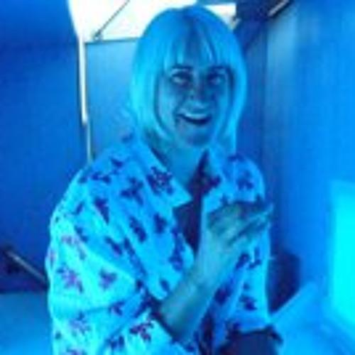 Felicity Woollacott's avatar