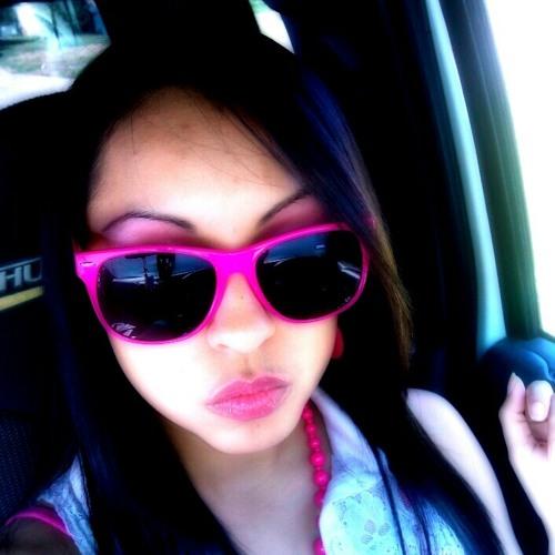 adri_nayely's avatar