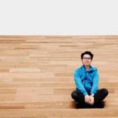 Joey Pong's avatar