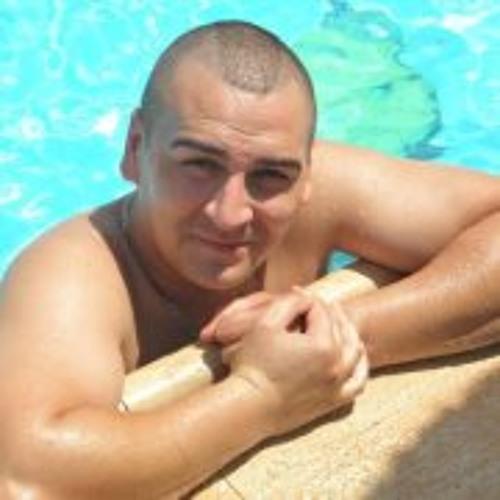 Roman Belozertcev's avatar