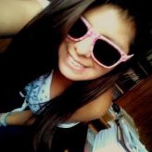 Mel Mora's avatar