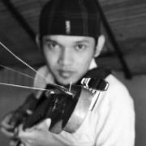 Kurniawan Hyne's avatar