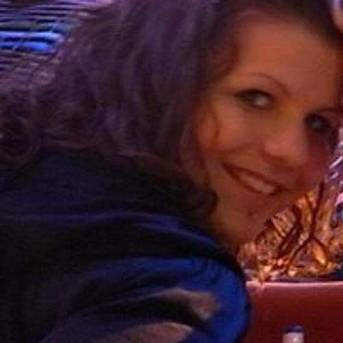 Carmen Wolf 3's avatar