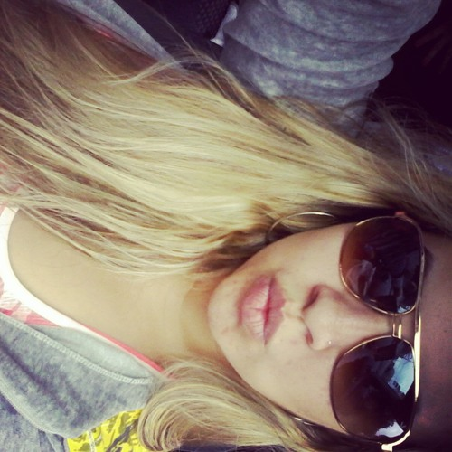 Alice Almeida 4's avatar